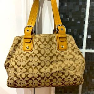 💕 Coach brown tan jacquard x large satchel bag 💕